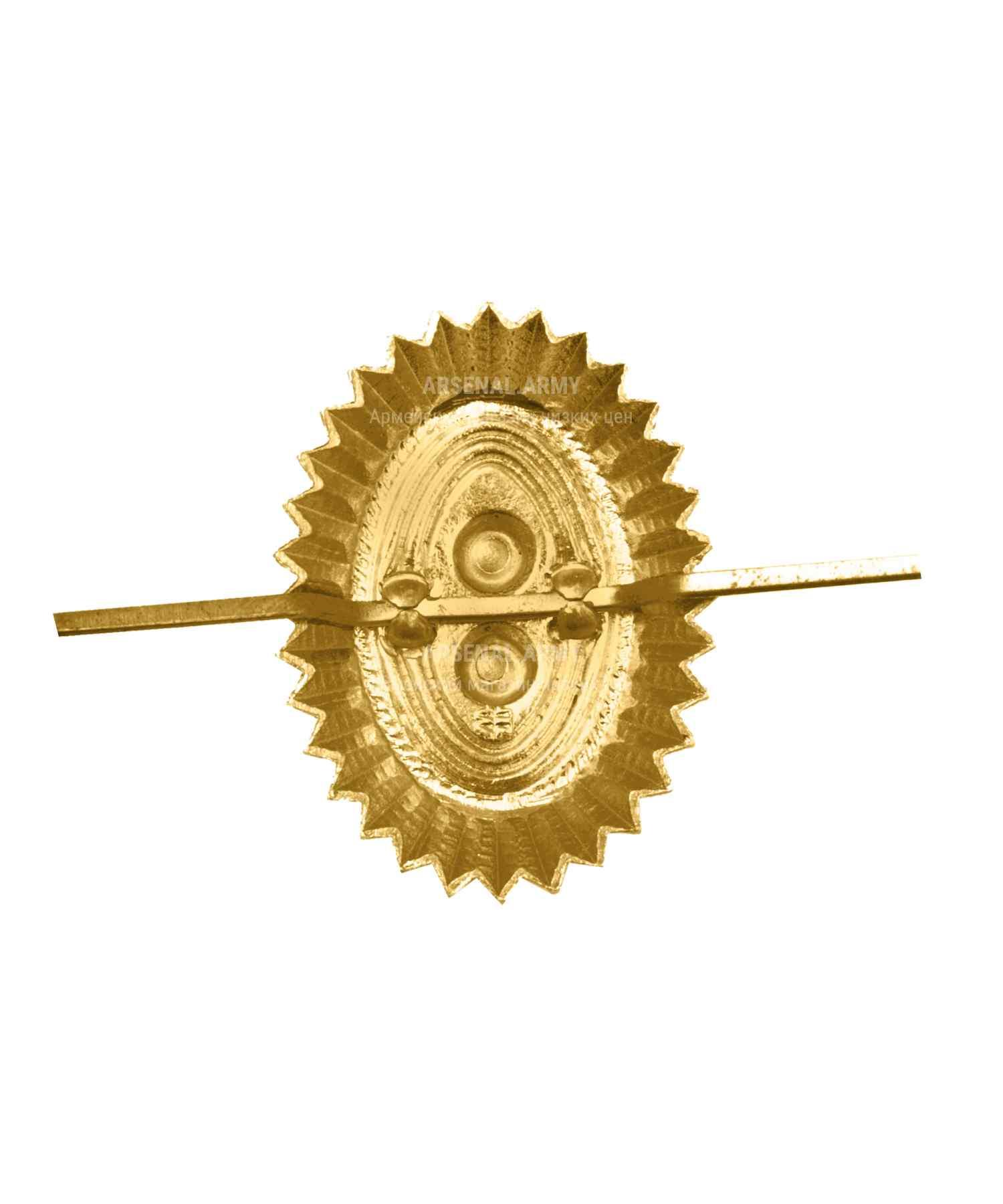Кокарда орех ПВ металлическая желтая